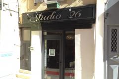 Enseigne Studio 26
