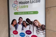 Mission locale adhesif vitre-2